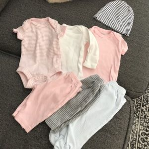 Baby girl Newborn Set of Clothes